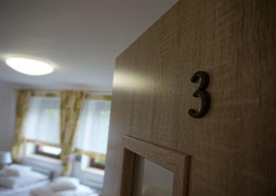 Pokój nr 3 (2)