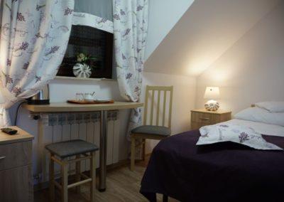 Pokoje w Ślesinie-pokój5-Gościniec (3)