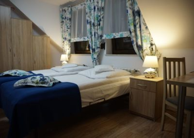 Pokoje w Ślesinie-pokój6-Gościniec (2)