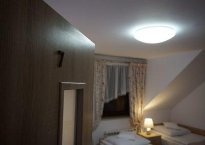 Pokoje w Ślesinie-pokój7-Gościniec (1)