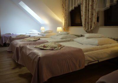 Pokoje w Ślesinie-pokój7-Gościniec (3)