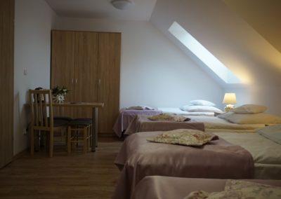 Pokoje w Ślesinie-pokój7-Gościniec (5)